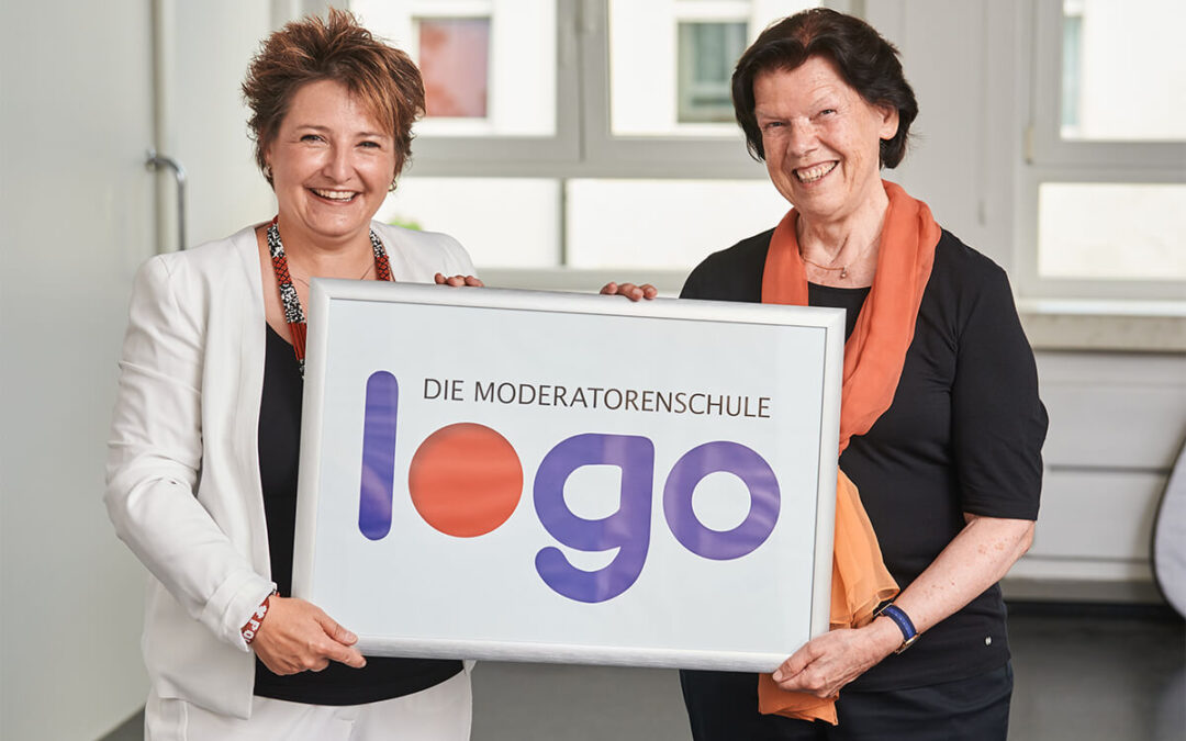 1.8.2020  Übergabe Logo-Institut
